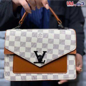 کیف پاسپورتی LV شطرنجی کرم کد 7329